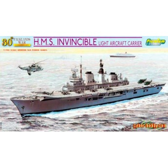 Корабль H.M.S. INVINCIBLE LIGHT AIRCRAFT CARRIER (FALKLANDS WAR) (1:700)