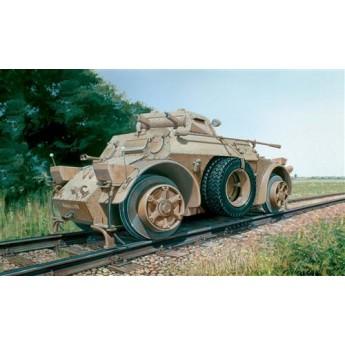 Модель бронеавтомобиля AUTOBLINDA AB 40 FERROVIARIA (1:35)