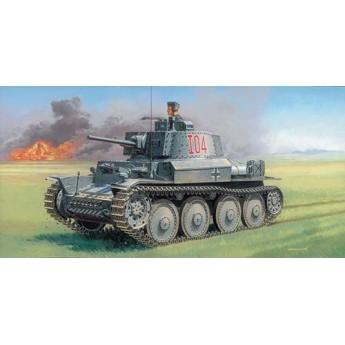 Модель танка Pz.Kpfw 38(t) Ausf. F (1:35)