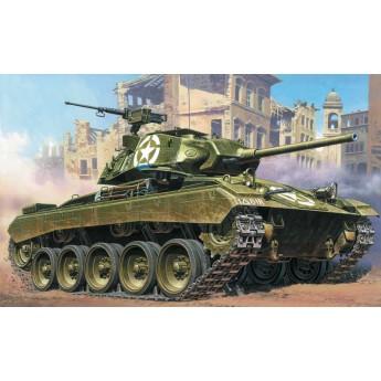 Модель танка M24 CHAFFEE (1:35)