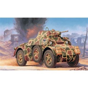 Модель бронеавтомобиля AUTOBLINDA AB 43 (1:72)