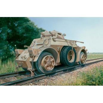 Модель бронеавтомобиля AUTOBLINDA AB 40 FERROVIARIA (1:72)