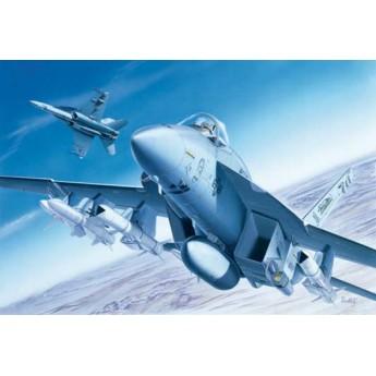 Модель самолета F/A-18E SUPER HORNET (1:72)