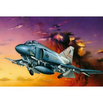 Модель самолета F-4S PHANTOM II (1:72)