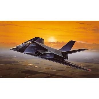 Модель самолета F-117A NIGHTHAWK (1:72)