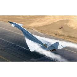 """Модель самолета XB-70 """"Валькирия"""" (1:72)"""