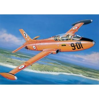 Модель самолета MB 326 (1:72)
