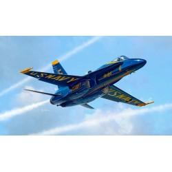 """Модель самолета F/A-18 """"BLUE ANGELS"""" (1:72)"""