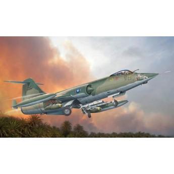 Модель самолета F-104C (1:32)