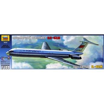 Модель самолета Ил-62М (1:144)