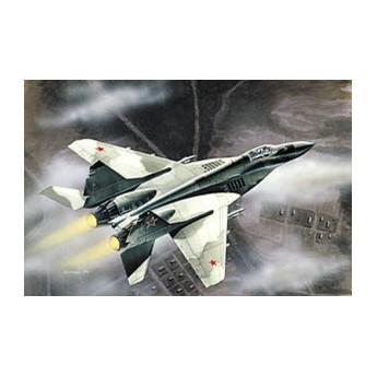 Модель самолета МиГ-29 (1:72)