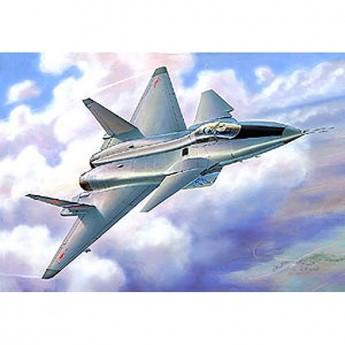 Модель самолета МиГ 1.44 (1:72)
