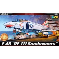 Модель самолета F-4B Sundowners (1:48)