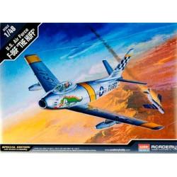 "Модель самолета F-86F ""The Huff"" (1:48)"