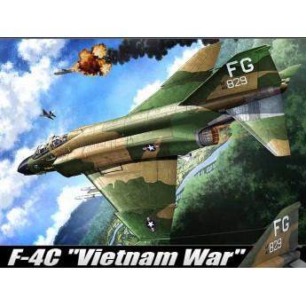 """Модель самолета USAAF F-4C """"Vietnamese War"""" (1:48)"""