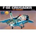 Academy 12440 Сборная модель самолета F-8E CRUSADER (1:72)