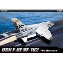 "Academy 12521 Сборная модель самолета USN F-8E VF-162 ""The Hunters"" (1:72)"