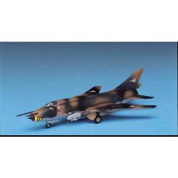 Academy 12612 Сборная модель самолета Su-22 FITTER (1:144)