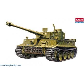 Модель танка Pz.Kpfw.VI Tiger I ранний (1:35)