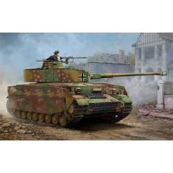 Trumpeter 00921 Сборная модель танка Pzkpfw IV Ausf J (1:16)