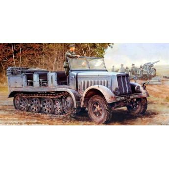 Trumpeter 01514 Сборная модель 8-тонный транспортер Sd.Kfz.7 (1:35)
