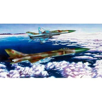 Модель самолета Су-15ТМ (1:72)