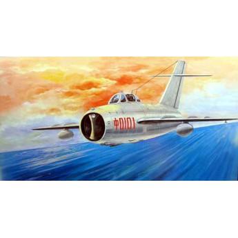 Модель самолета МиГ-17Ф (1:32)