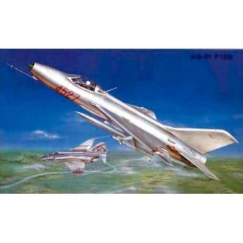 Модель самолета МиГ-21 Ф-13 (1:32)