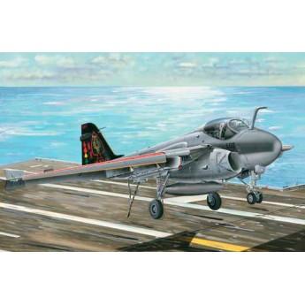 """Модель самолета A-6E/TRAM """"INTRUDER"""" (1:32)"""