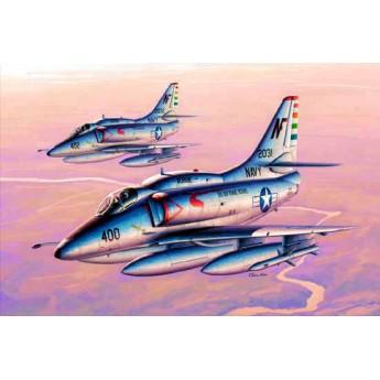 """Модель самолета A-4F """"Скайхок"""" (1:32)"""