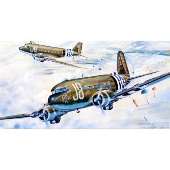 """Модель самолета C-47A """"Скайтрейн"""" (1:48)"""
