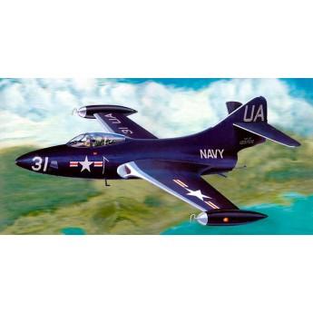 "Модель самолета F9F-2P ""Пантера"" (1:48)"