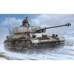 Trumpeter 00922 Сборная модель танка German Pz Beob Wg IV Ausf J (1:16)
