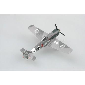 Easy Model 36364 Готовая модель самолета Fw190 A-8 красный 8 Вилли Максимовиц 1944 г (1:72)
