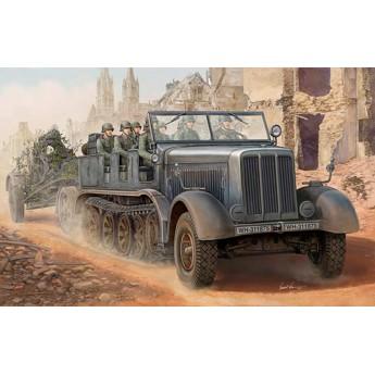Модель тягача Sd.Kfz.8 12 тонн (1:35)