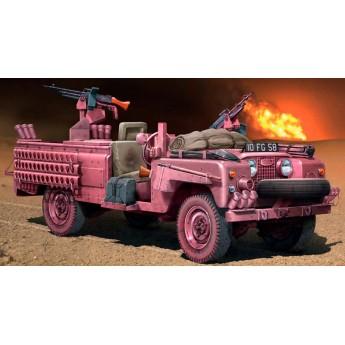 "Модель автомобиля S.A.S. RECON VEHICLE ""PINK PANTHER"" (1:35)"