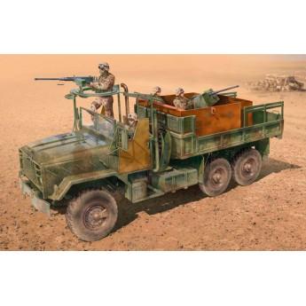 Модель автомобиля US ARMOURED GUN TRUCK (1:35)