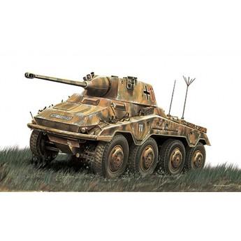Модель бронеавтомобиля Sd.Kfz. 234/2 Puma (1:48)