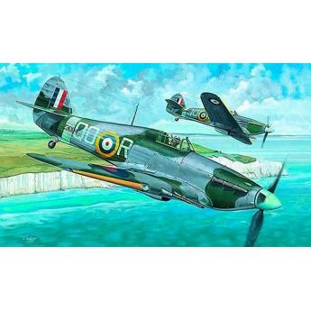 Модель самолета Хаукер Харрикейн MK.IIC (1:72)