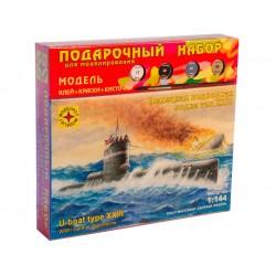Моделист ПН114470 Сборная модель подводной лодки тип XXIII. Подарочный набор (1:144)