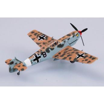Модель самолета Messerschmitt Bf109 E-7 trop JG27 (1:72)