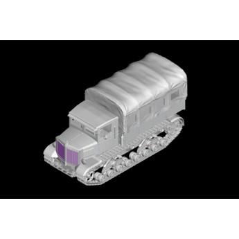 Модель тягача Soviet Voroshilovets Tractor (1:72)