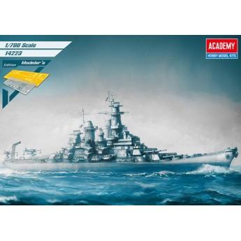Academy 14223 Сборная модель корабля USS Missouri BB-63 Modeler's Edition (1:700)