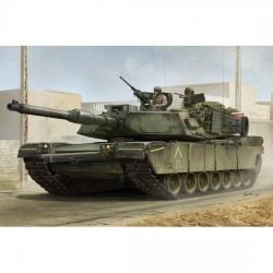 Trumpeter 00926 Сборная модель танка US M1A1 AIM MBT (1:16)