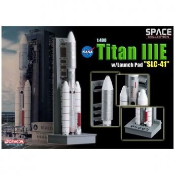 "Dragon 56342 Сборная модель космического аппарата Titan IIIE w/Launch Pad ""SLC-41"" (1:400)"