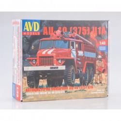 AVD Models 1298AVD Сборная модель автомобиля пожарного АЦ-40(375)Ц1А (1:43)