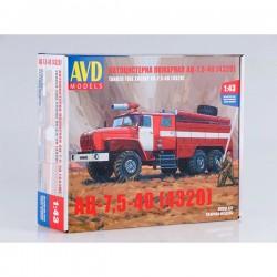 AVD Models 1299AVD Сборная модель автомобиля пожарного АЦ-7,5-40 (4320) (1:43)