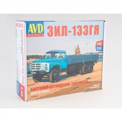 AVD Models 1320AVD Сборная модель автомобиля бортовой ЗИЛ-133ГЯ (1:43)