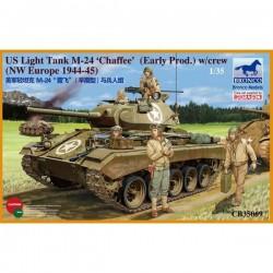 Bronco Models CB35069 Сборная модель танка M-24 Chaffee w/crey (1:35)
