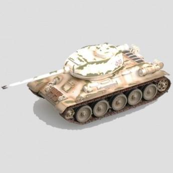 Модель танка Т-34/85 в зимнем камуфляже